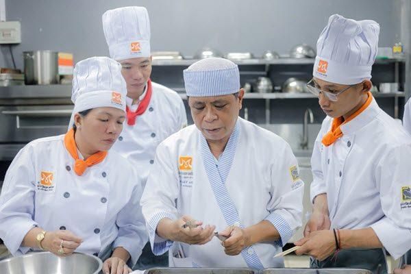 Lớp học nấu ăn chuyên nghiệp