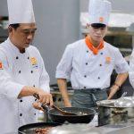 Tiết học bếp trưởng bếp âu