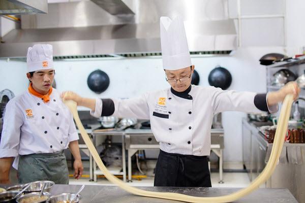 Học Bếp Hoa Có Tương Lai Không?