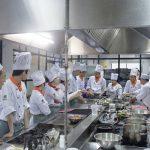 Học Bếp trưởng bếp Việt