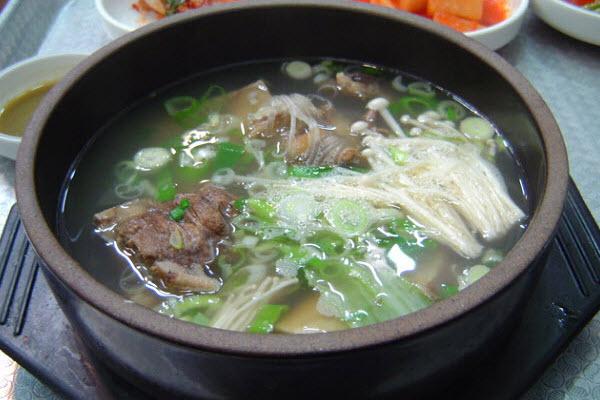 Canh Sườn Bò Hàn Quốc