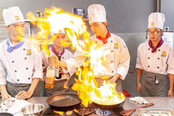 đam mê nghề bếp