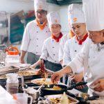 buổi học nấu ăn tại HNAAu