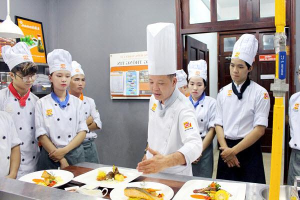 Tham Khảo Học Phí Học Nghề Đầu Bếp Hiện Nay