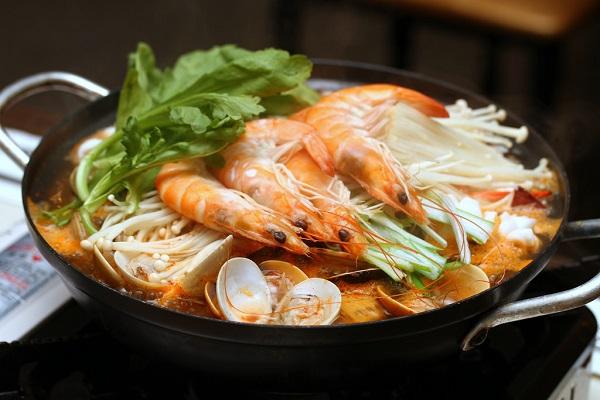 Lẩu Kimchi Hàn Quốc Chua Cay