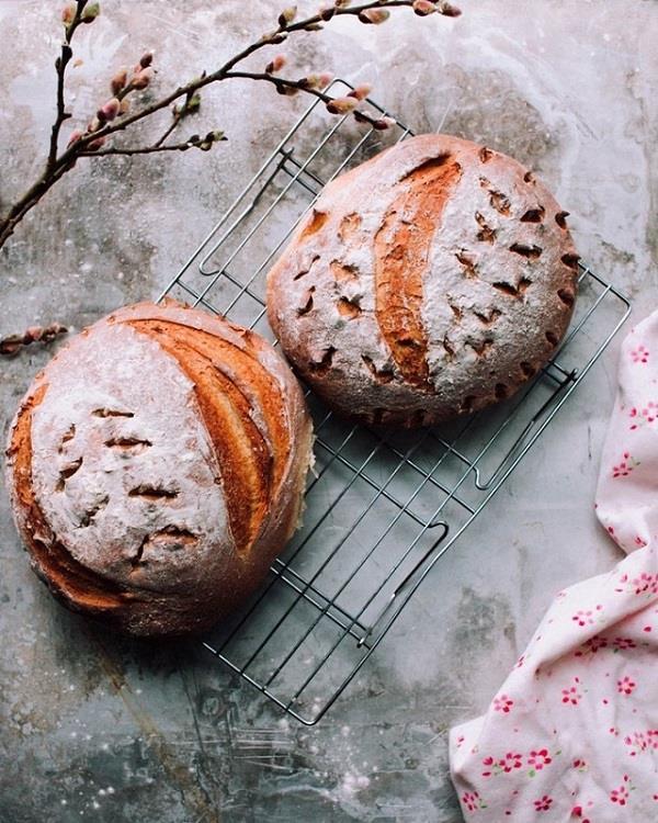 Tạo hình bánh mì