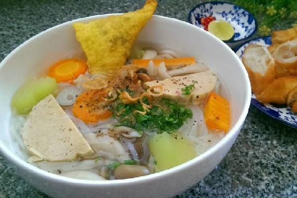 Bánh Canh Chay