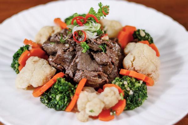 Bò xào bông cải