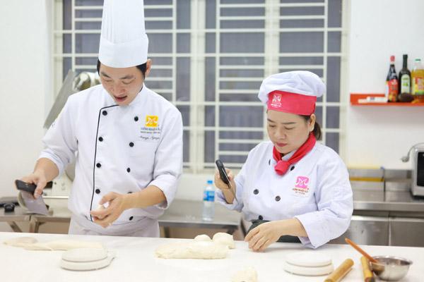 Kinh doanh với nghề bánh mì