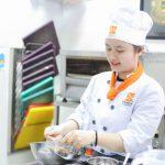 Con Gái Có Nên Học Đầu Bếp