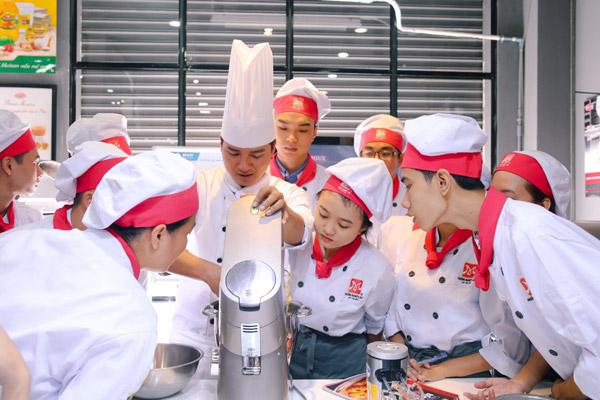 Chương trình đào tạo Bếp Bánh sát với thực tế