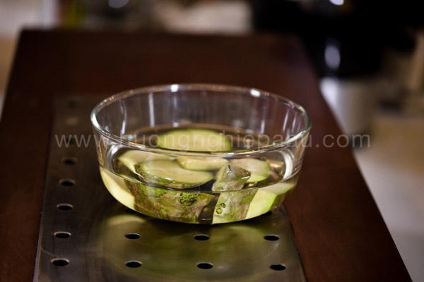 Mẹo giúp nước ép cóc thơm ngon