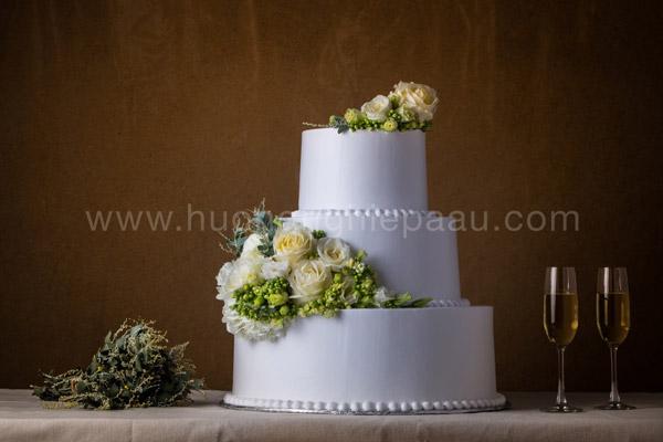 Trang trí bánh kem cưới