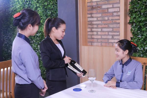 Học Quản trị Nhà hàng – Khách sạn