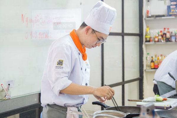 Đầu bếp là công việc đòi hỏi rất nhiều nỗ lực
