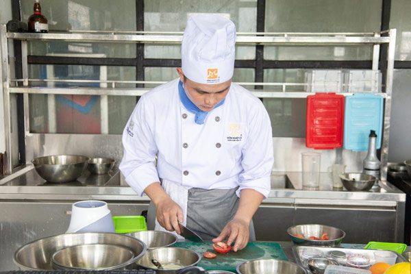 Nghề bếp với nhiều cơ hội việc làm