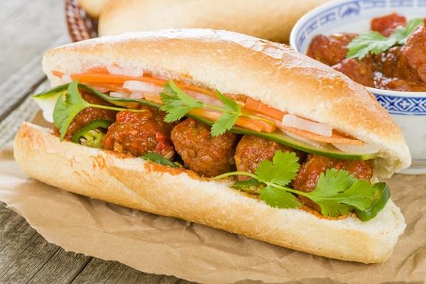 bánh mì Việt truyền thống